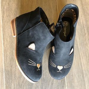 Girls cat boots